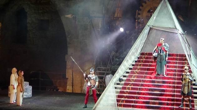 Юлий Цезарь вновь вернулся в Акко – на оперной сцене
