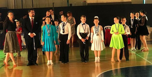 Новый учитель танцев